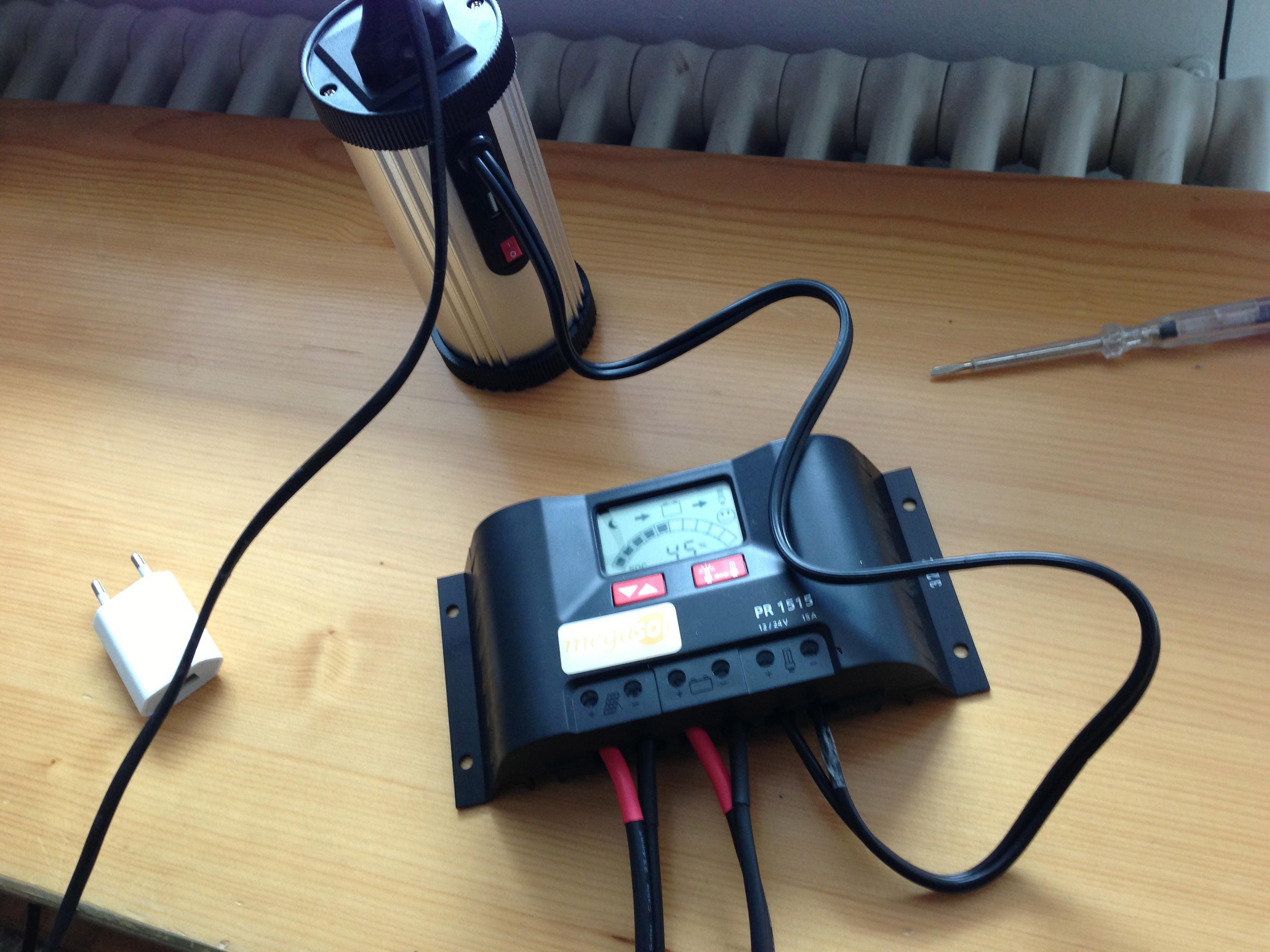 Wechselrichter und Laderegler